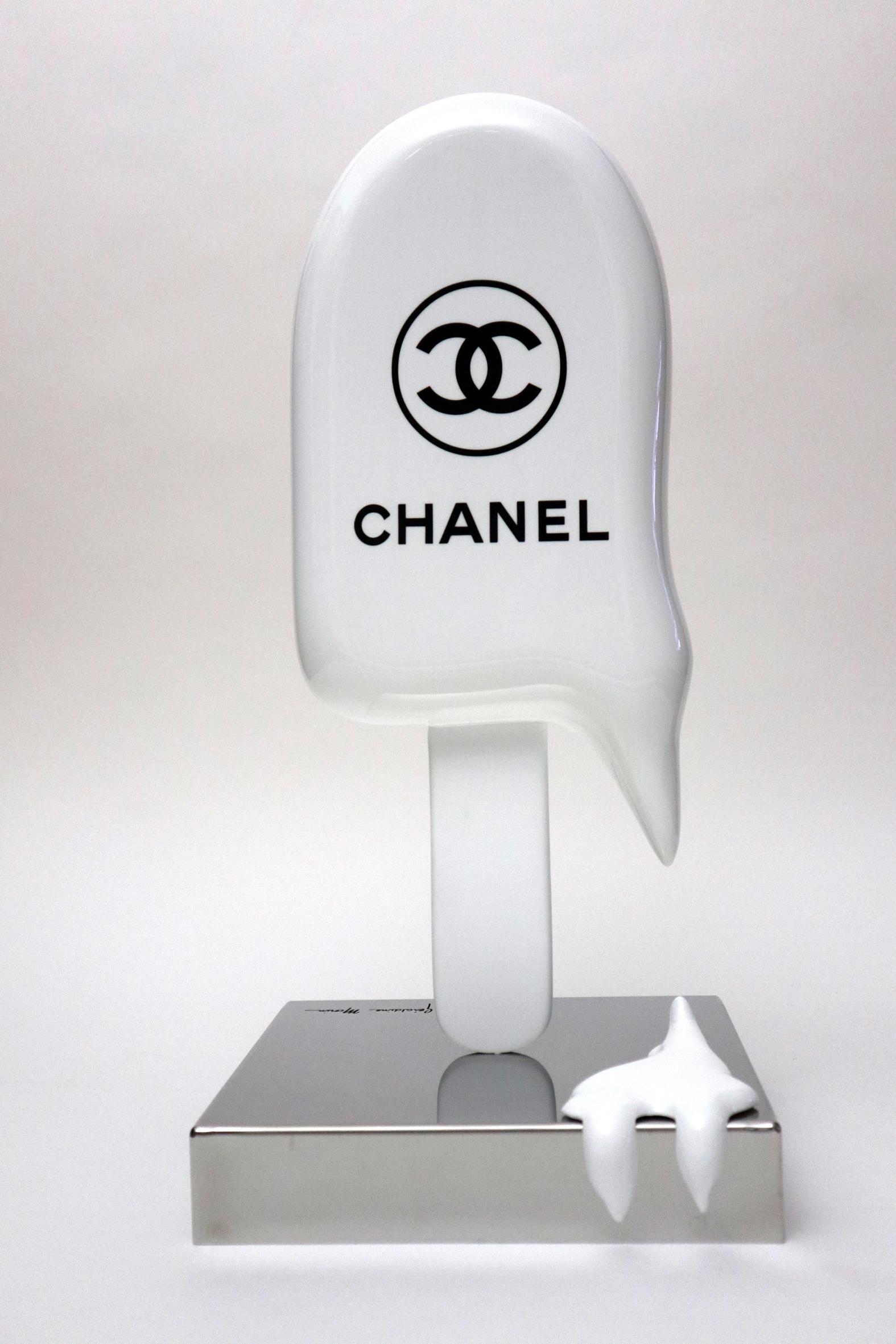 Géraldine Morin - Grande Glace Chanel Blanche , 8888-011-037