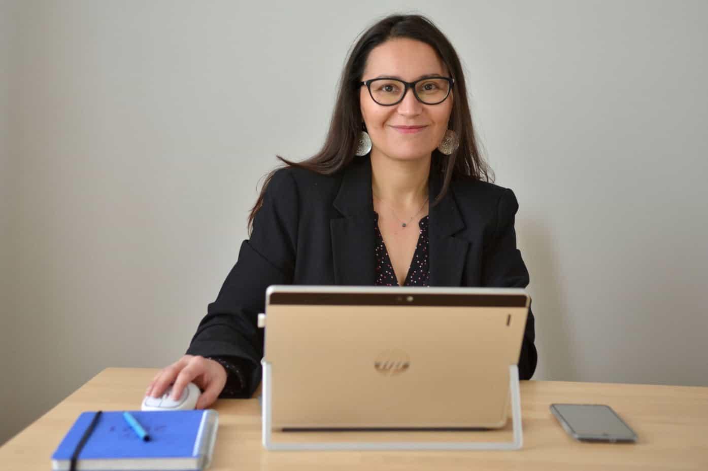 Je suis Nabila, ancienne avocate au Barreau de Paris et ex-juriste RH