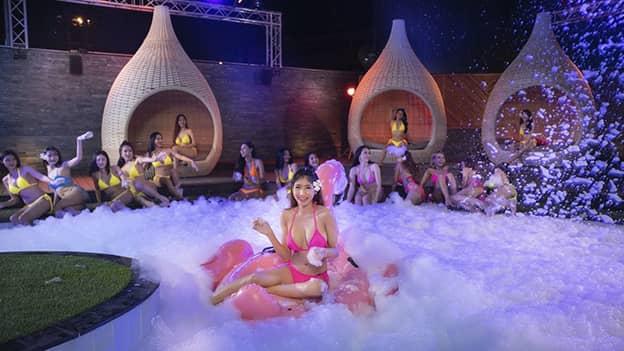 30+ Photos of The PIMP Sexy Thai Bikini Models