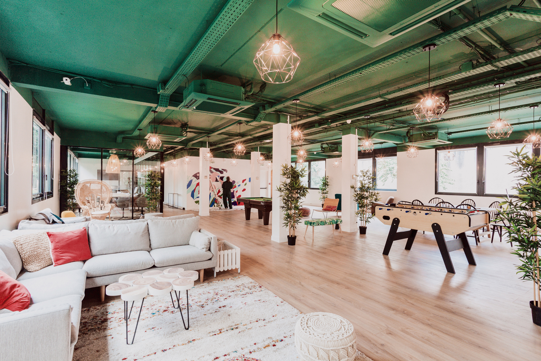 Aménagement espace bureau - espace commun détente