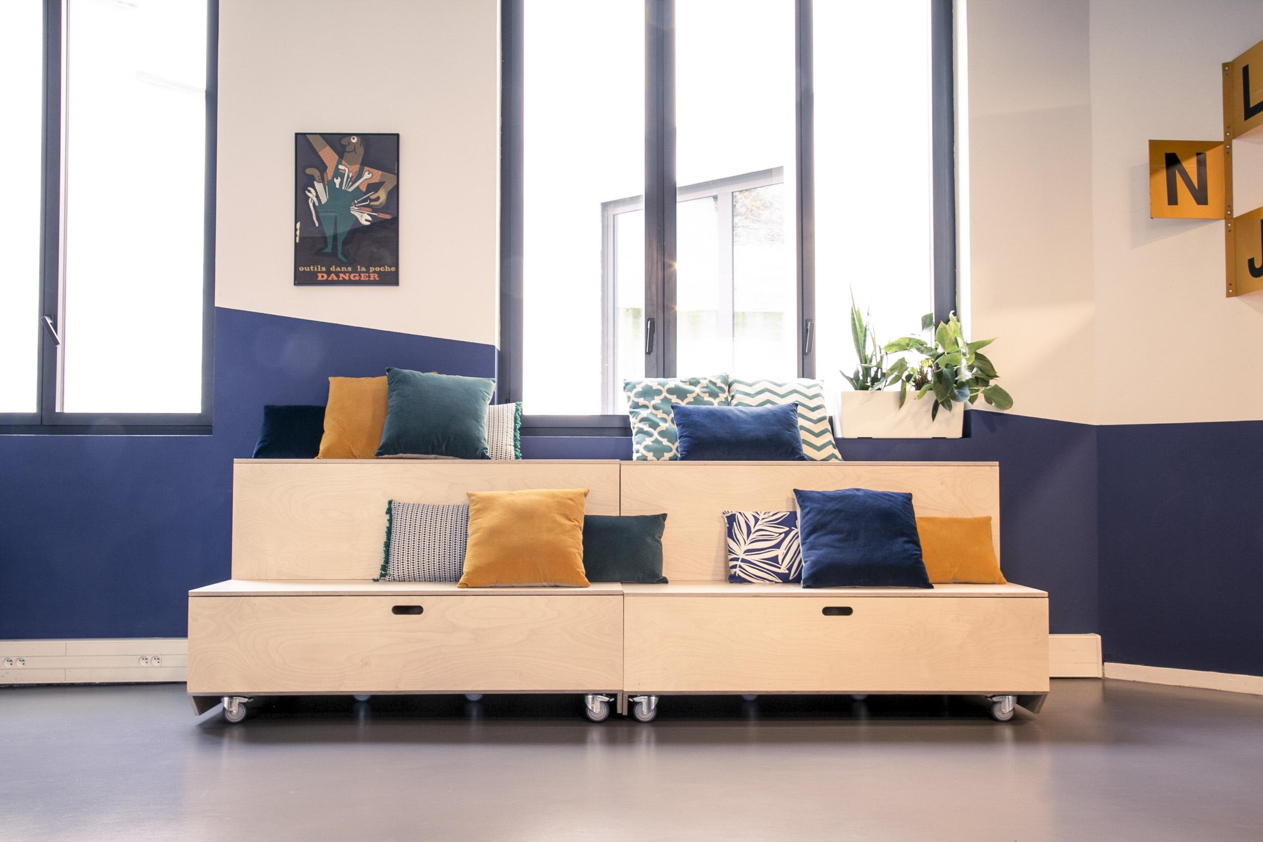Aménagement espace bureau - estrade en bois artisanale