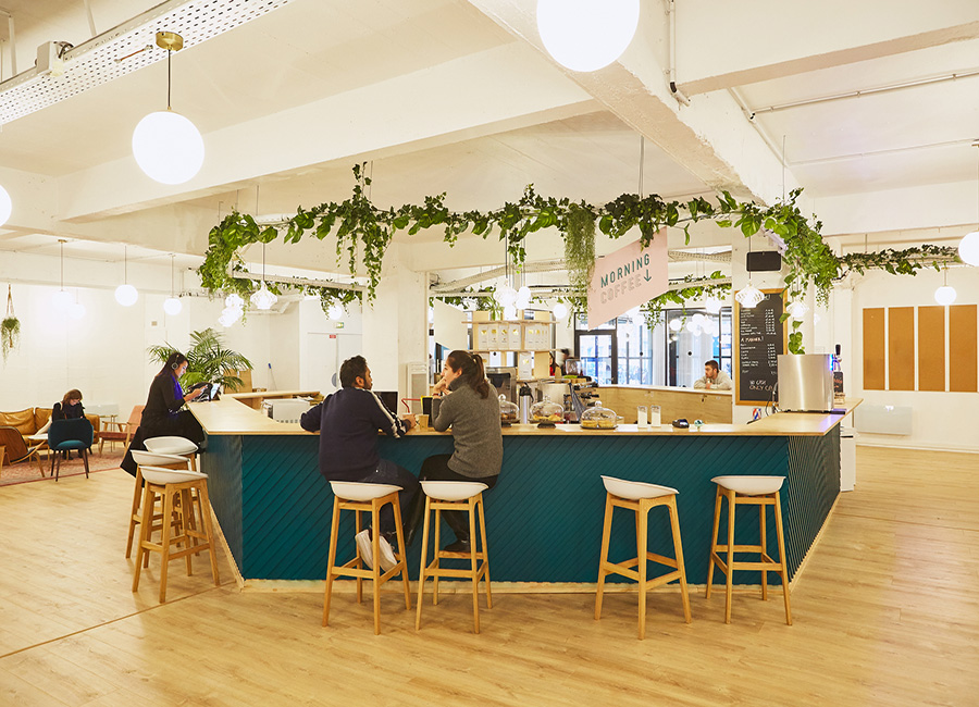 coworking paris 10 - le café