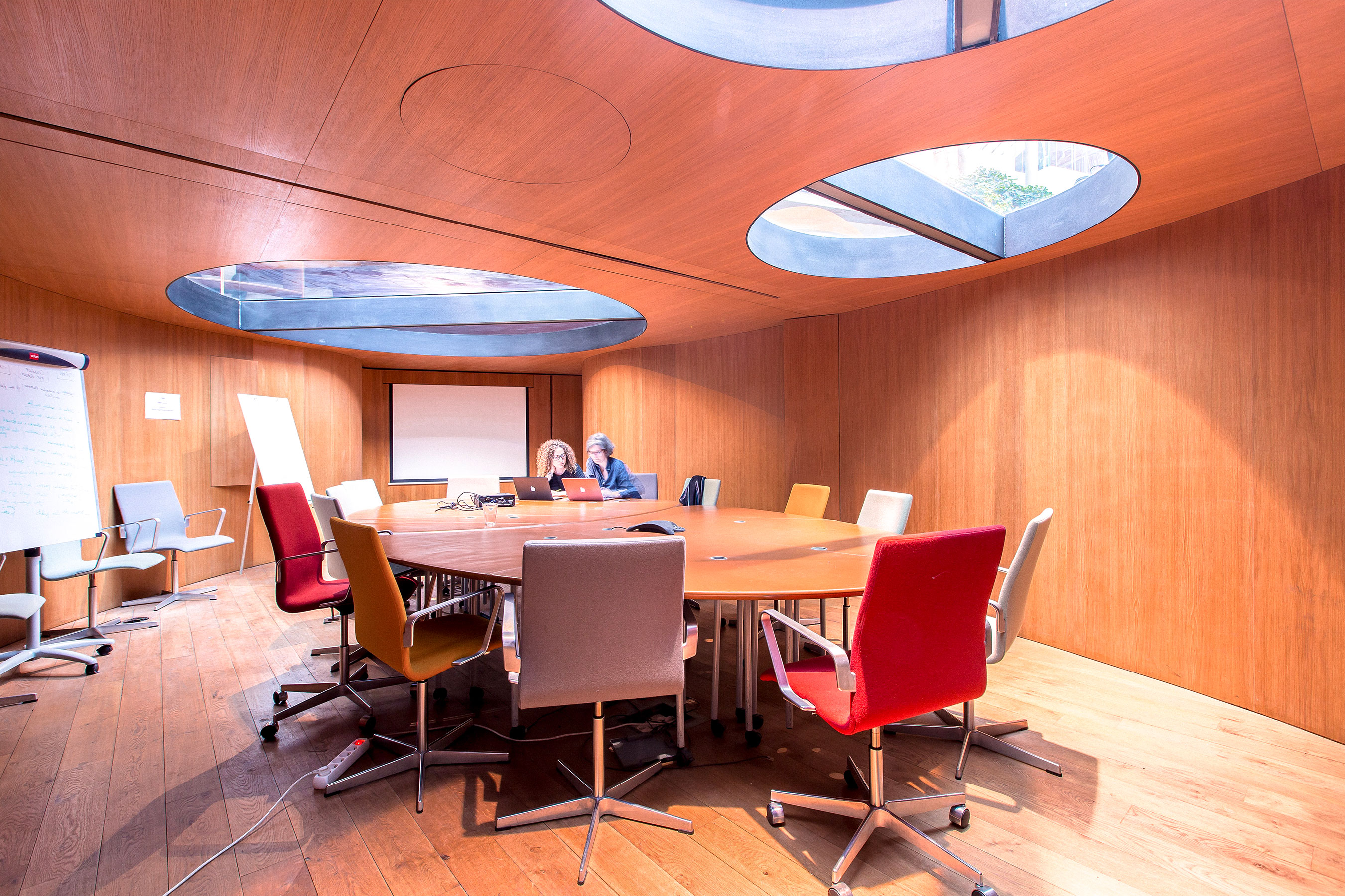coworking stalingrad - salle de réunion