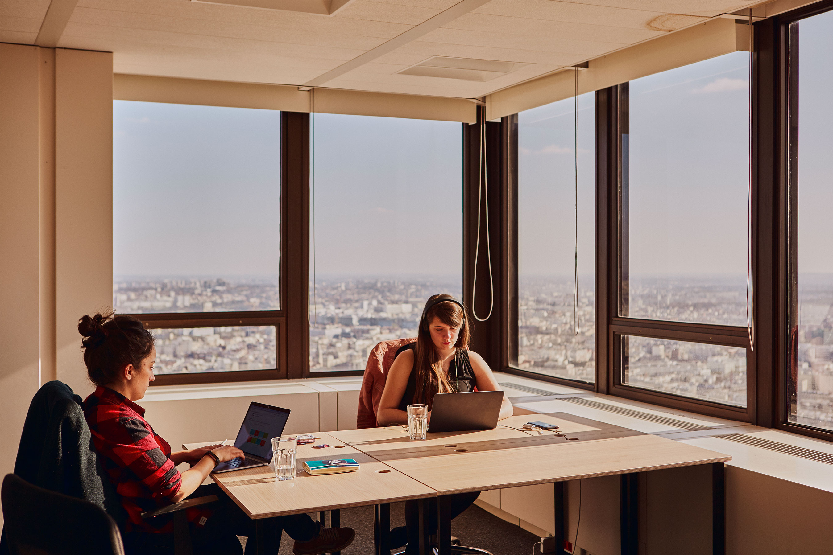 coworking Montparnasse - bureau avec vue