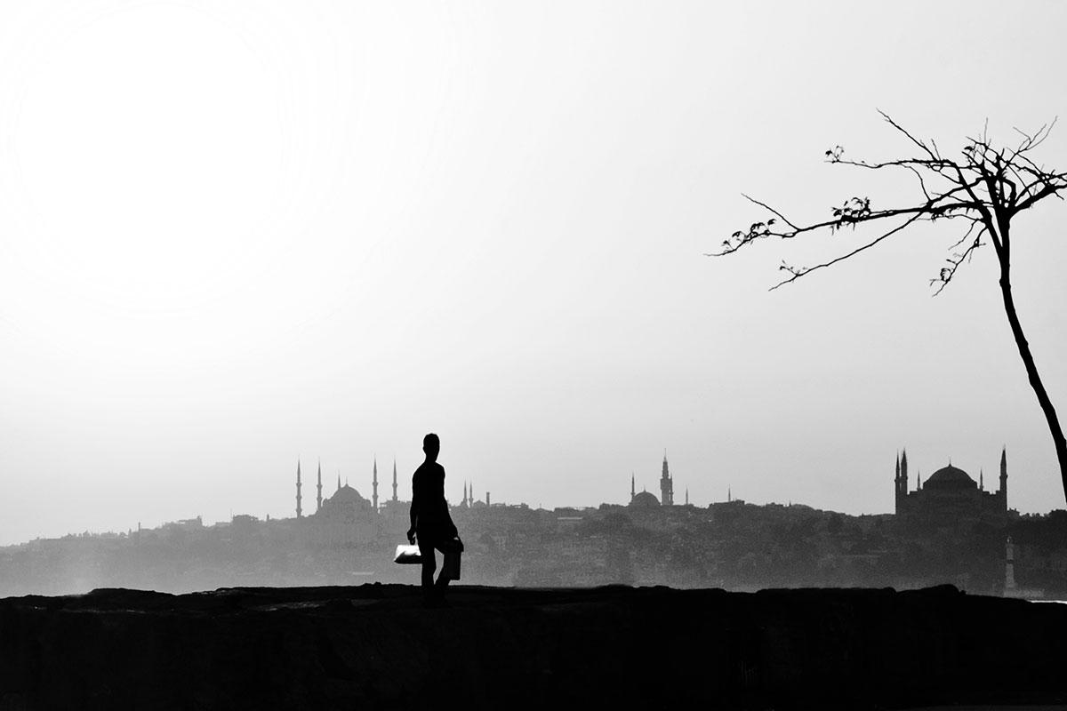 Melih Aydincik - My Street Photography Perspective