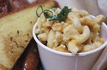 Authentic southern Mac n cheese, featuring our homestyle creole blend of seasonings and 6 different cheeses baked to perfection.