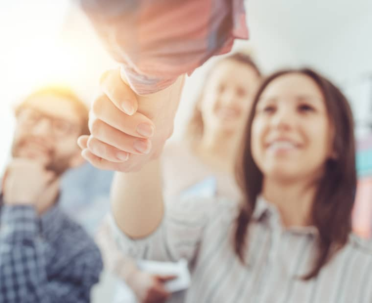 5 formas de satisfacer las expectativas de los empleados con su proceso de contratación