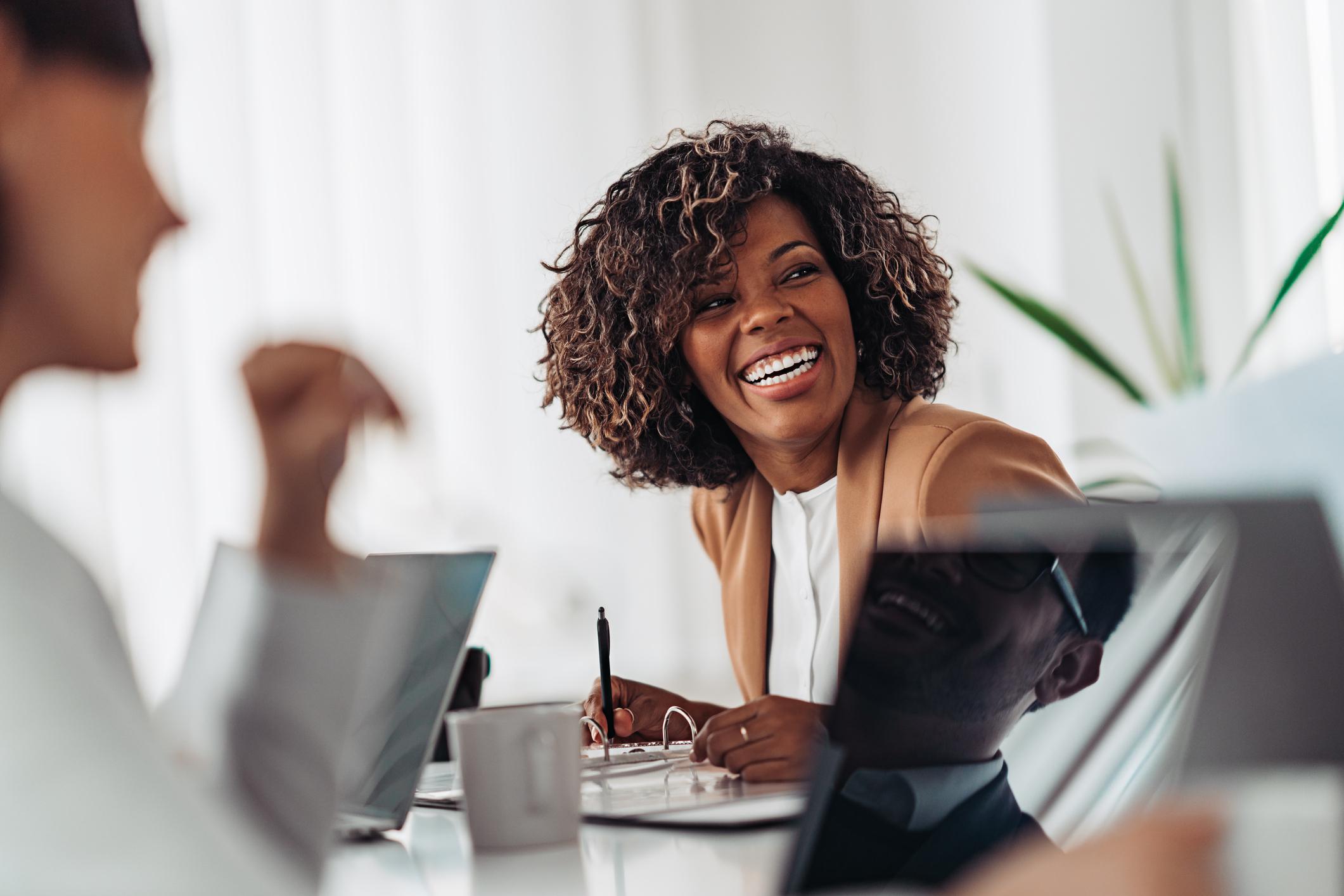 ¿Qué es la experiencia del empleado y por qué es relevante ahora?