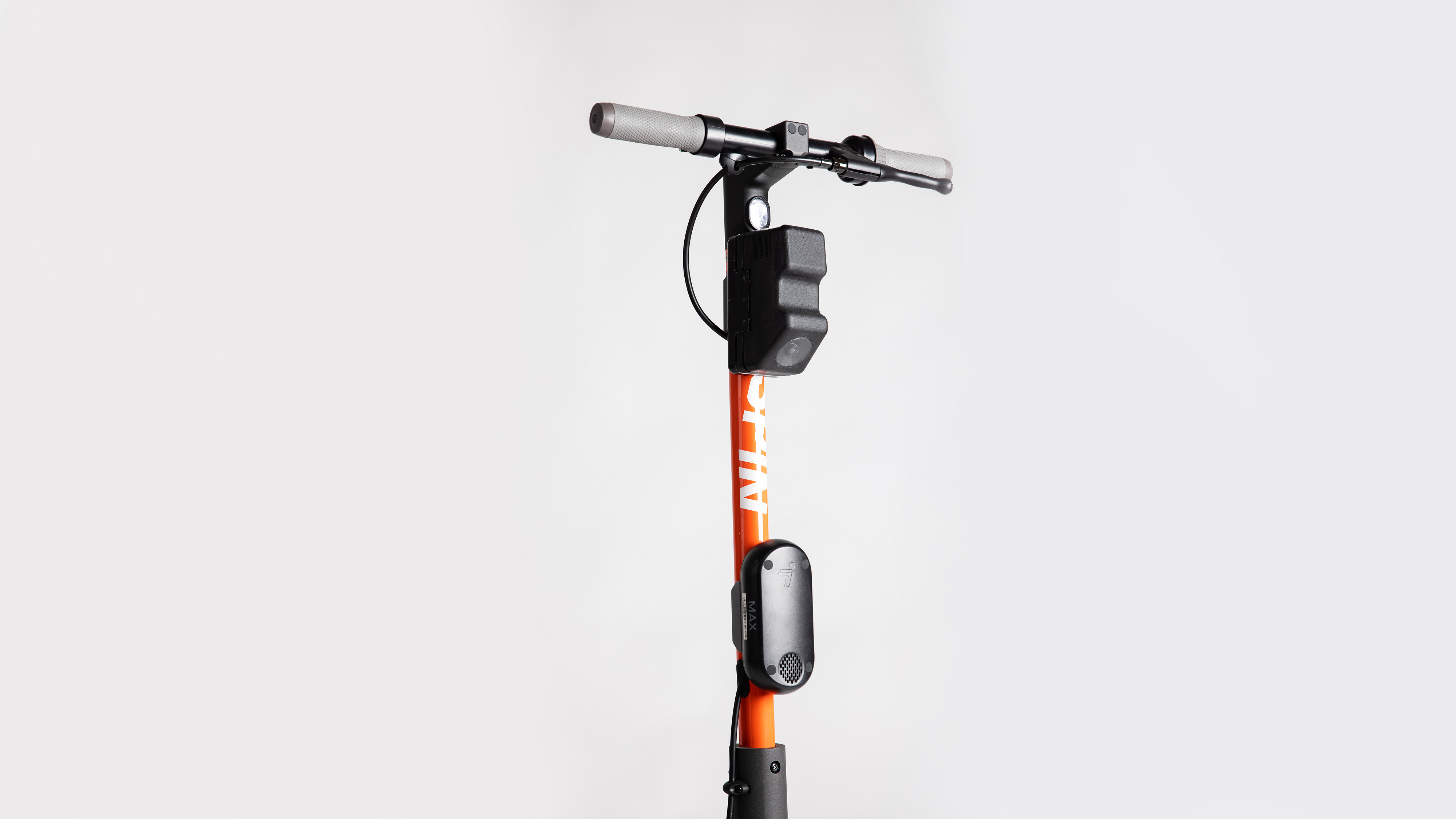 Spin scooter with Insight technology