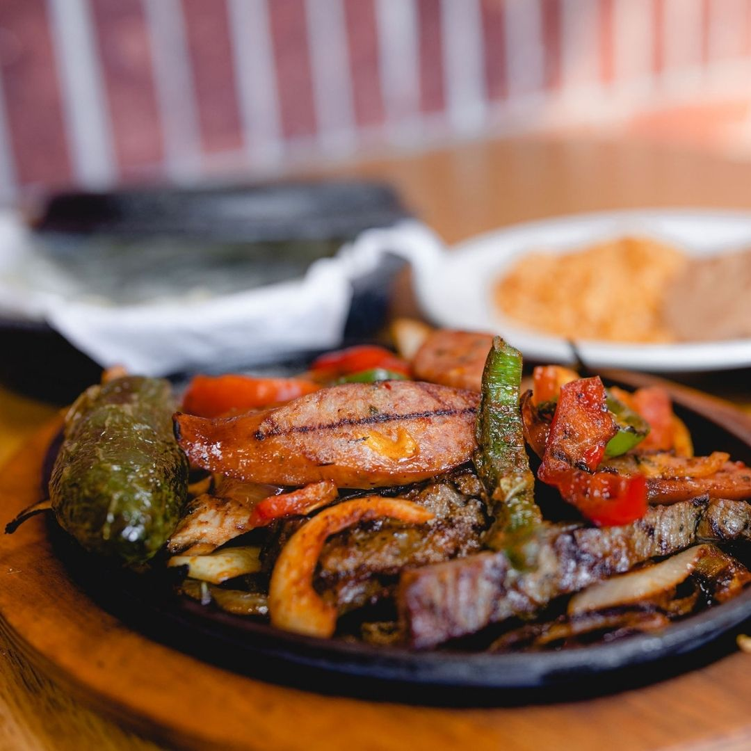 Masfajitas Tex-Mex and Mexican Spicy Cowboy Fajitas