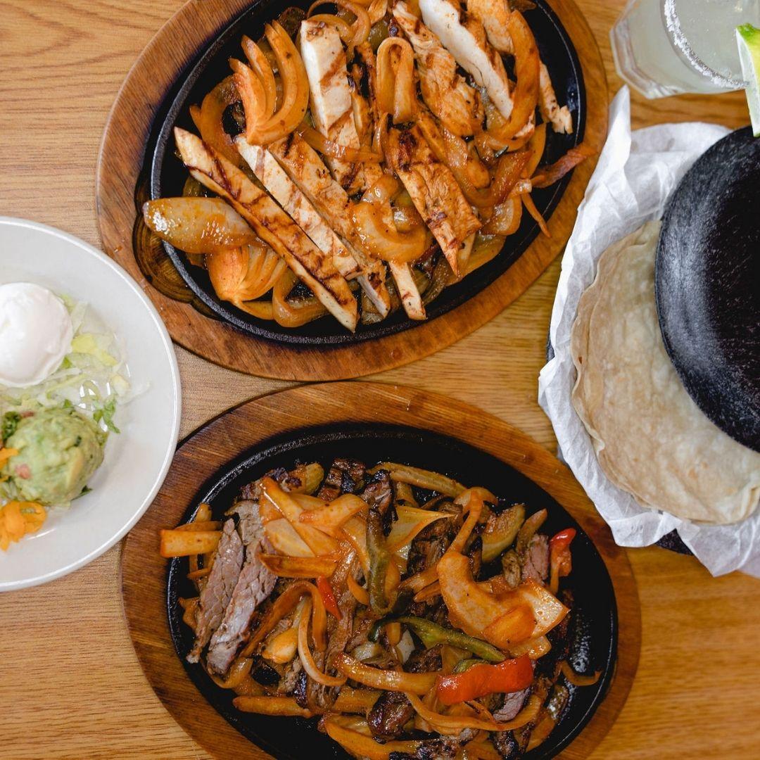 Masfajitas Tex-Mex and Mexican Chicken and Steak Fajitas