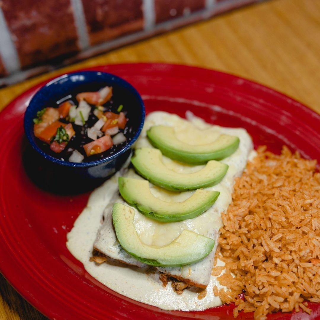 Masfajitas Tex-Mex and Mexican Chicken Avocado Enchiladas
