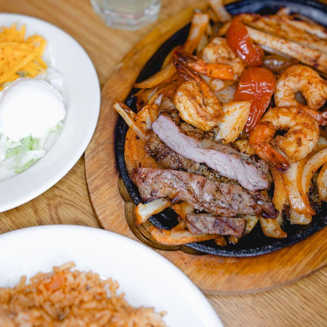 Masfajitas Tex-Mex and Mexican Caldwell Special Fajitas