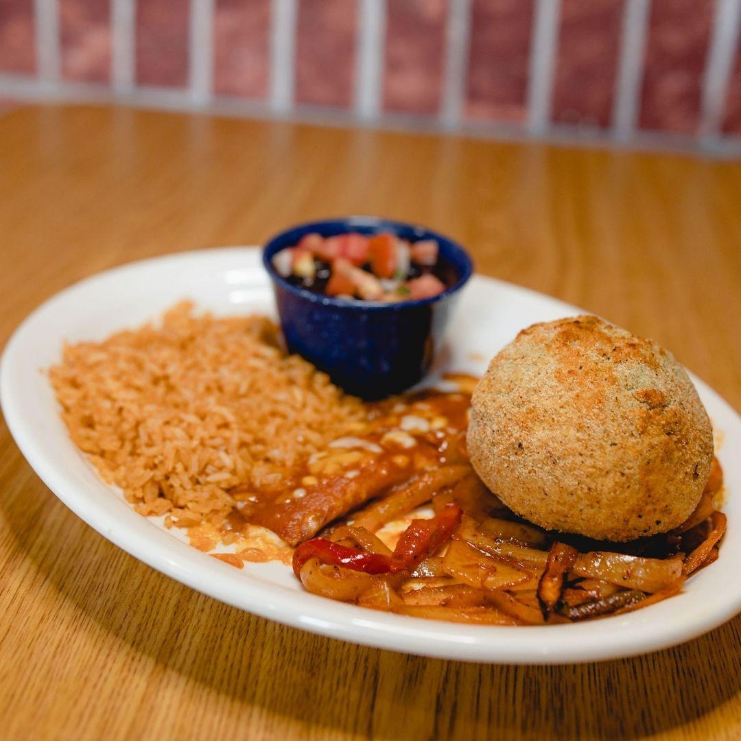 Masfajitas Tex-Mex and Mexican Fried Stuffed Avocado