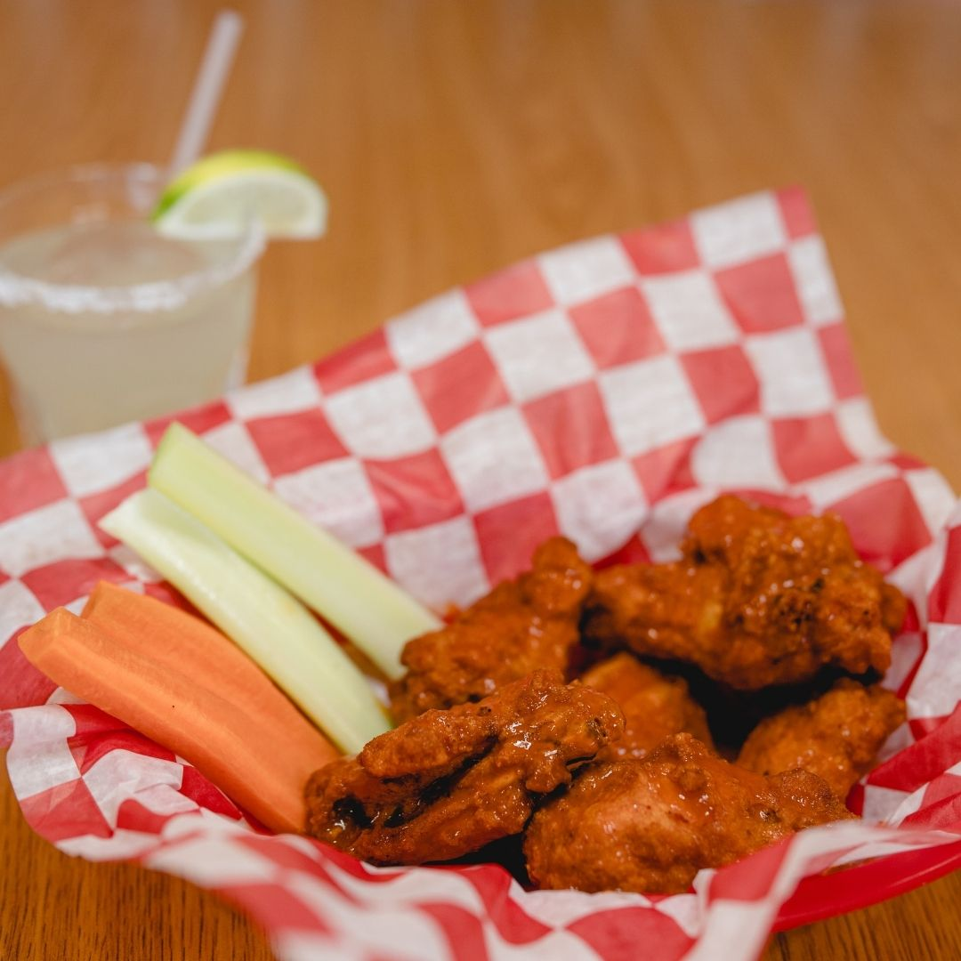 Masfajitas-College Station Tex-Mex and Mexican Restaurant Happy Hour Hot Wings