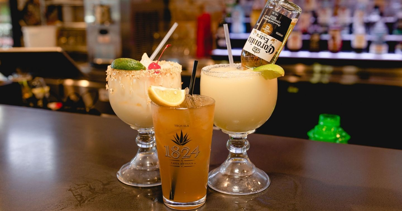 Masfajitas Tex-Mex and Mexican Restaurant Pain Killer, Beer Rita, and Long Island Drinks