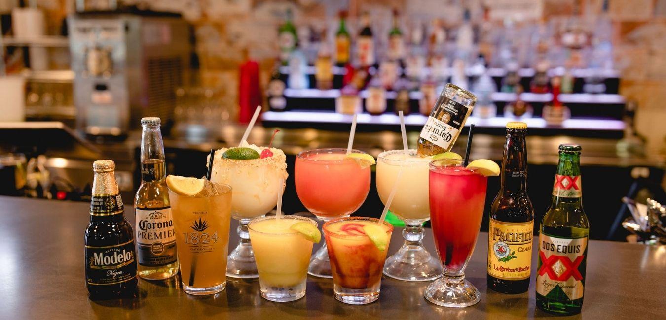 Masfajitas Tex-Mex & Mexican Margaritas, Beer, and Drinks