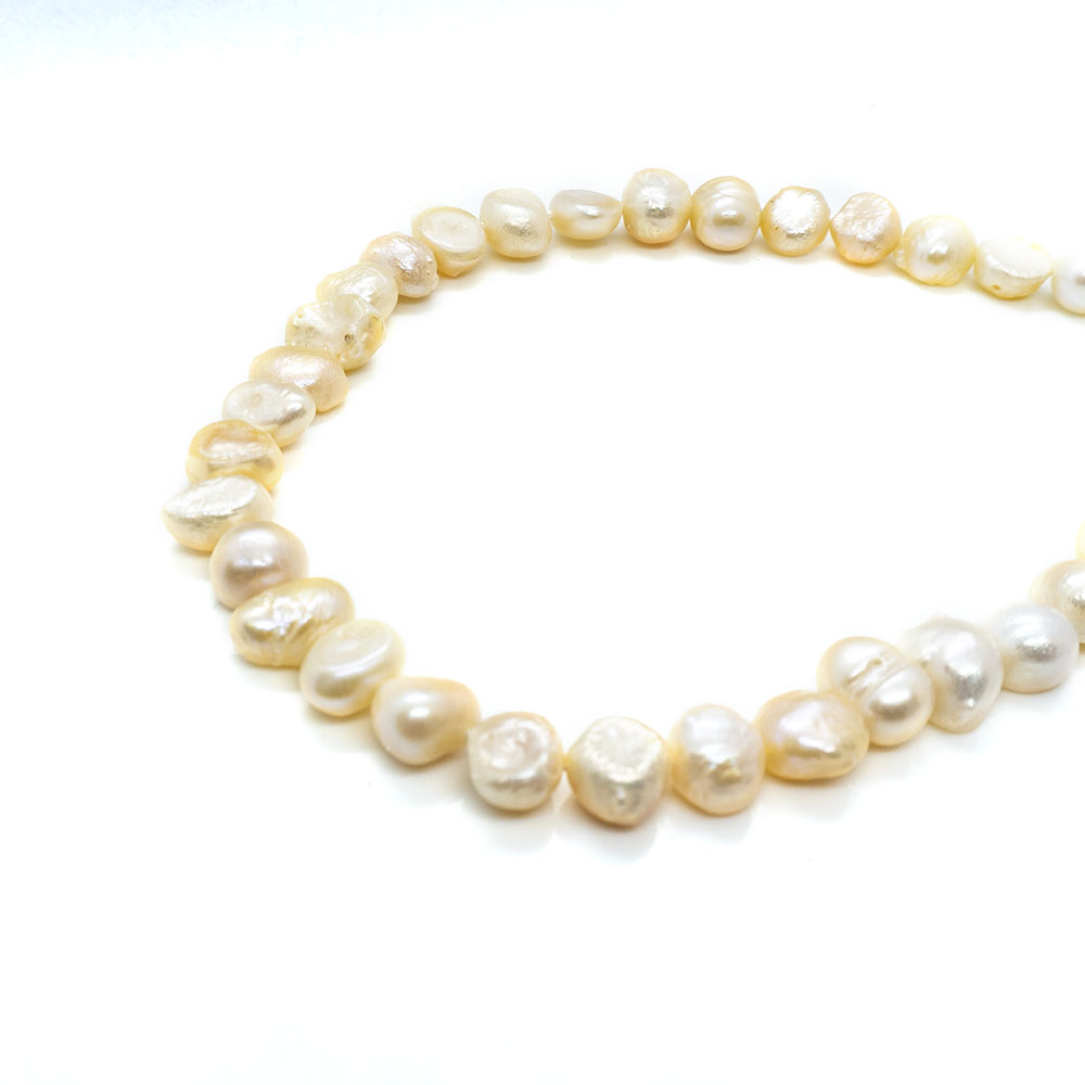 Freshwater Pearls B Grade - 8-9mm - 34cm strand
