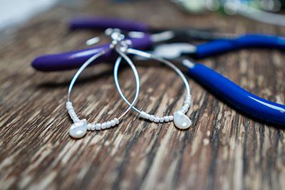 Five Minute Earrings - Teardrop Hoops