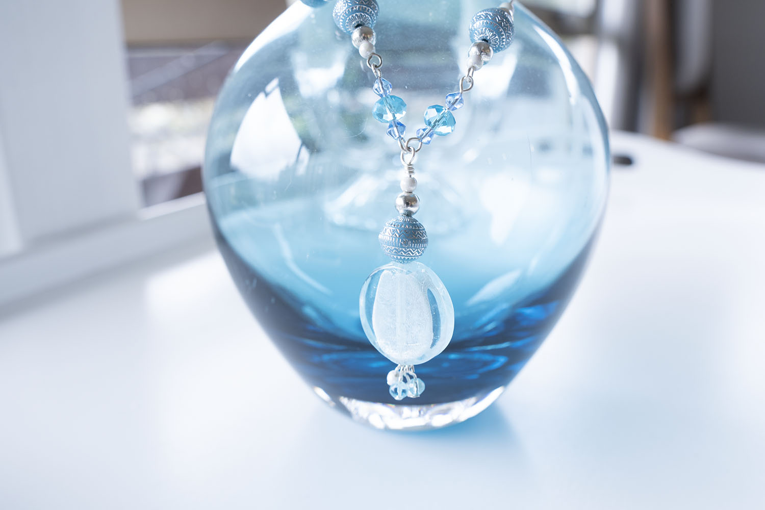 How to Make a Blue Focal Bead and Dangle Necklace