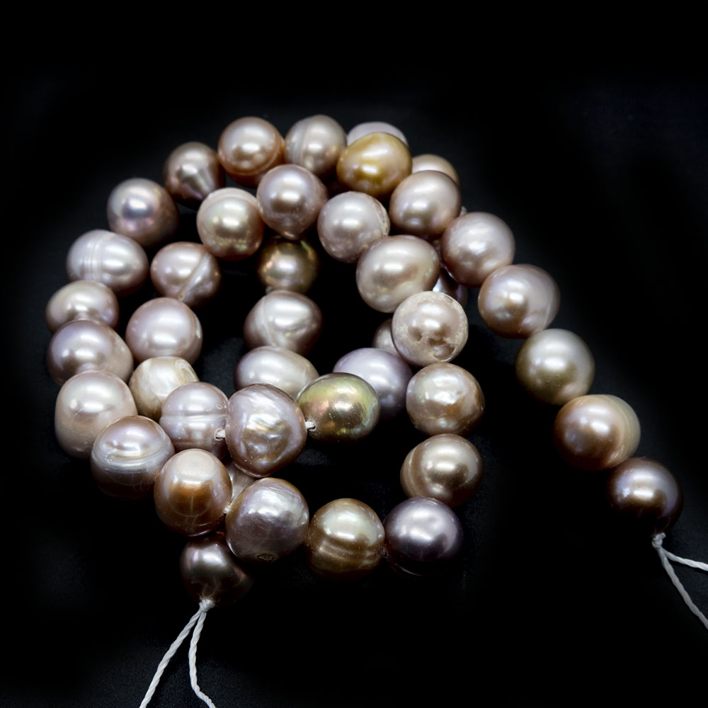 Natural Cultured Freshwater Pearls - Potato 8-9mm x 7-10mm