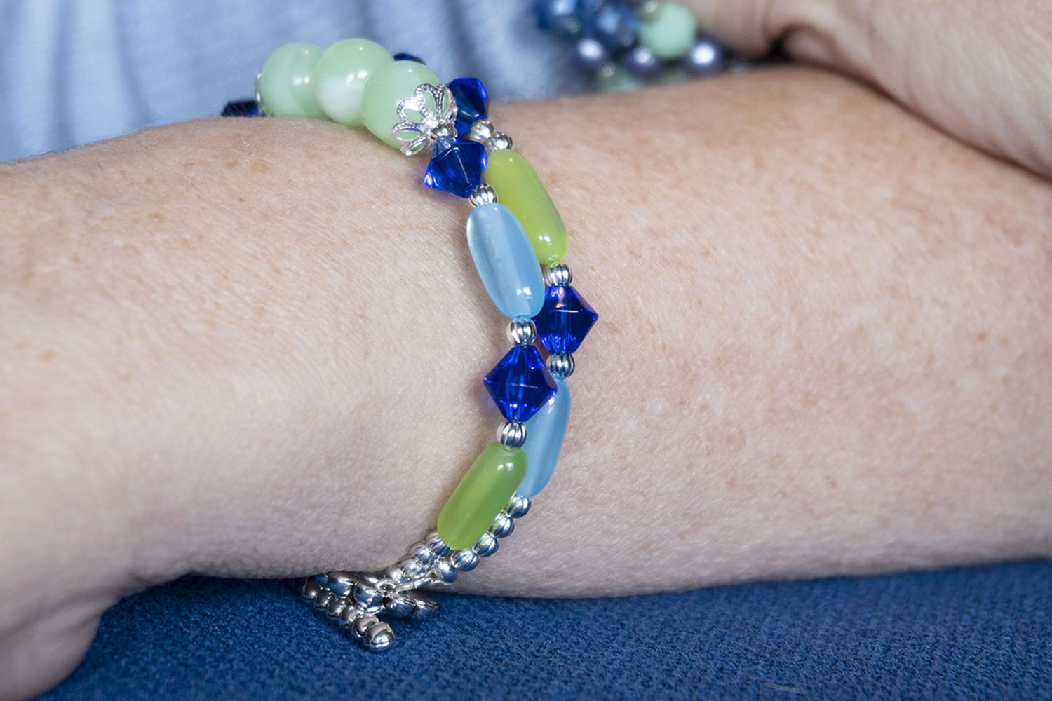 How to Make a Blue and Green Double Strand Bracelet