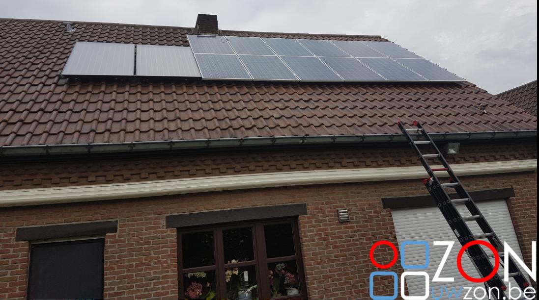 Installatie 12 zonnepanelen en 2 zonneboilers