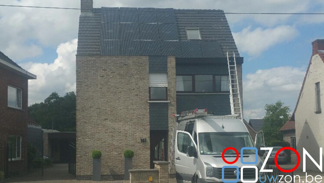Installatie 14 zonnepanelen op alleenstaande woning