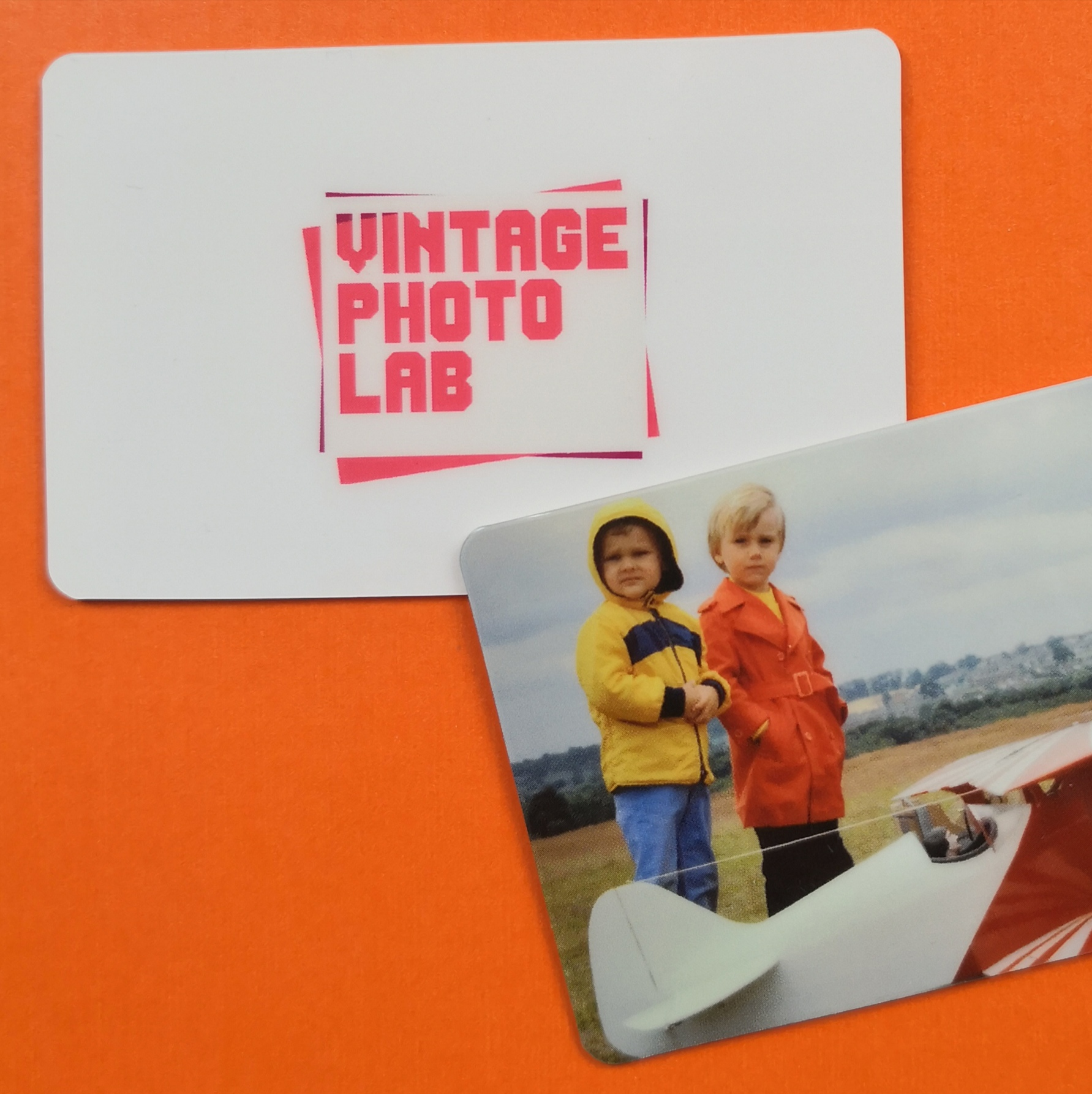 Image of a photo scanning gift card for the photo digitisation service.