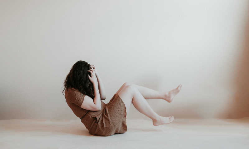 Woman with anxiety on the floor