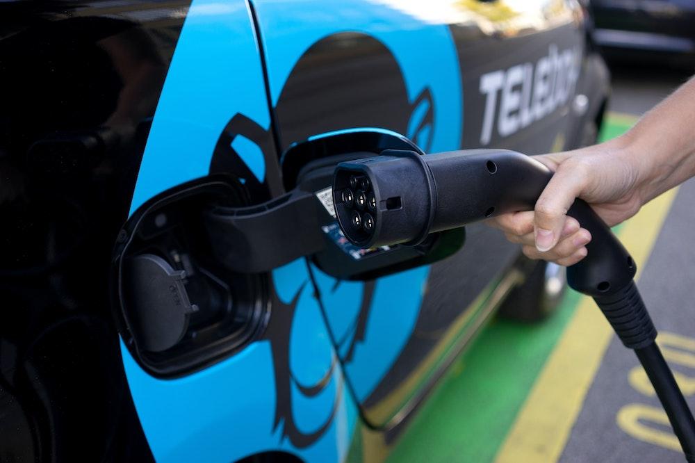 Empreinte carbone d'une voiture électrique vs une voiture thermique