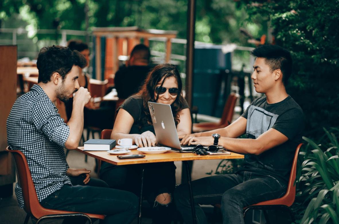 Mécénat de compétences : pourquoi c'est important en RSE ?