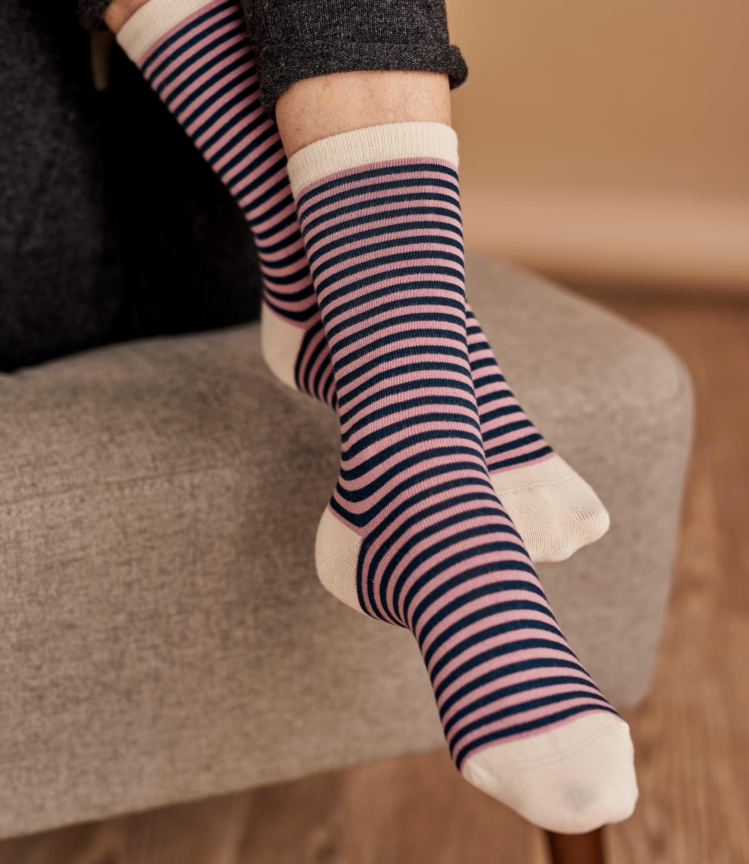 Fashionable Custom Socks Manufacturer in Lviv, Ukraine