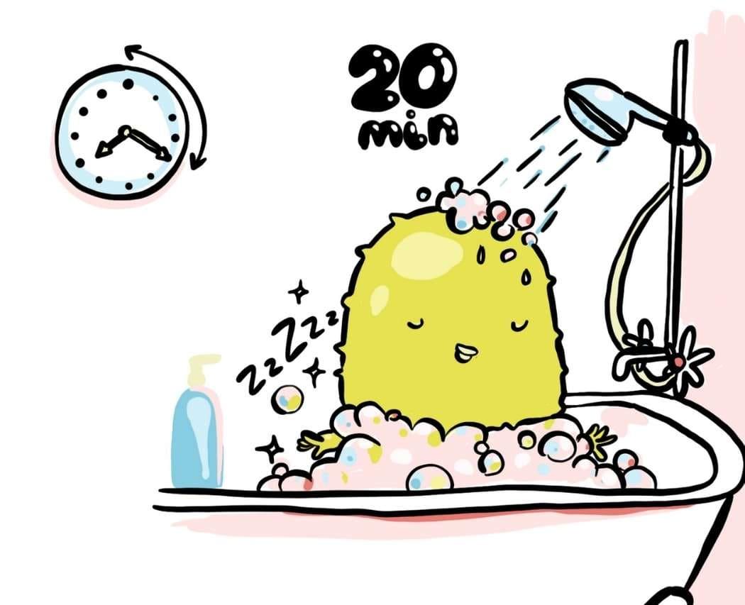 Comment connaître sa consommation d'eau sous la douche ? Juliette te donne une technique simple pour mettre des chiffres sur tes habitudes quotidiennes !