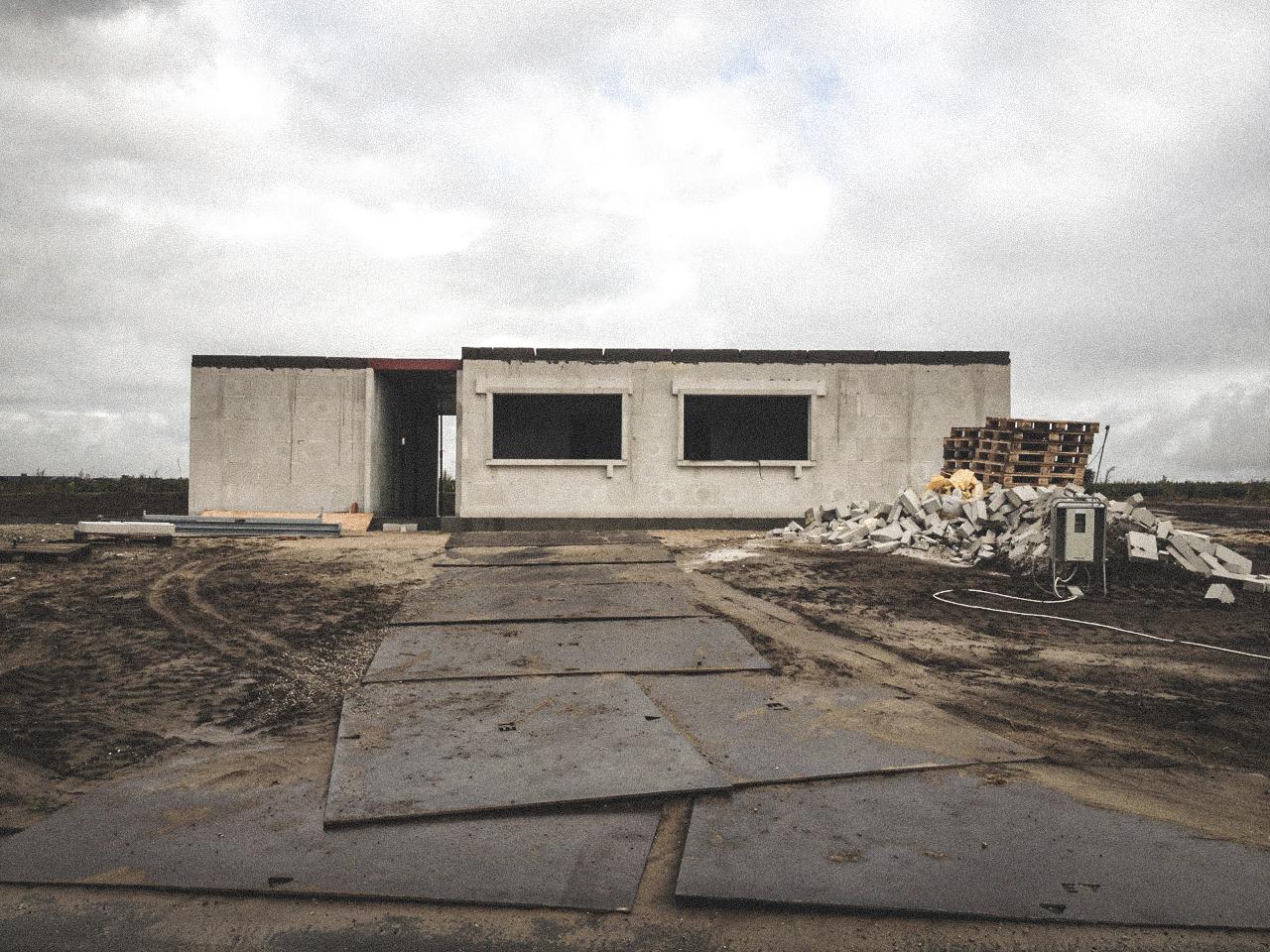Billede af et igangværende byggeri i Status Hjallerup, tegnet af arkitektfirmaet m2plus.