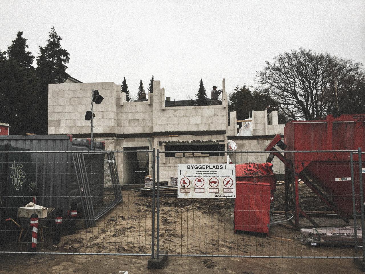 Billede af et igangværende byggeri i Status Gentofte, tegnet af arkitektfirmaet m2plus.