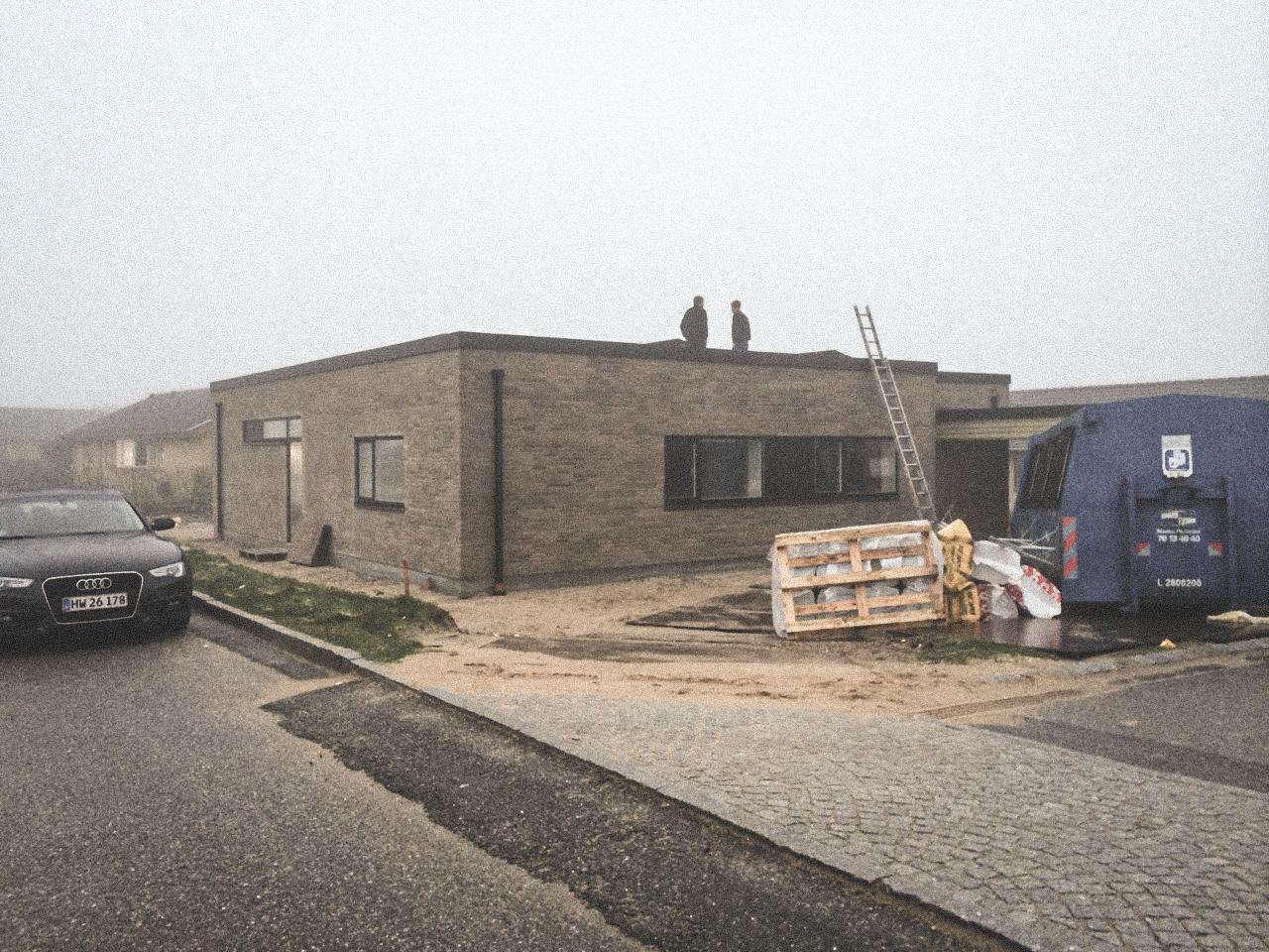 Billede af et igangværende byggeri i Lystrup/Aarhus, tegnet af arkitektfirmaet m2plus.