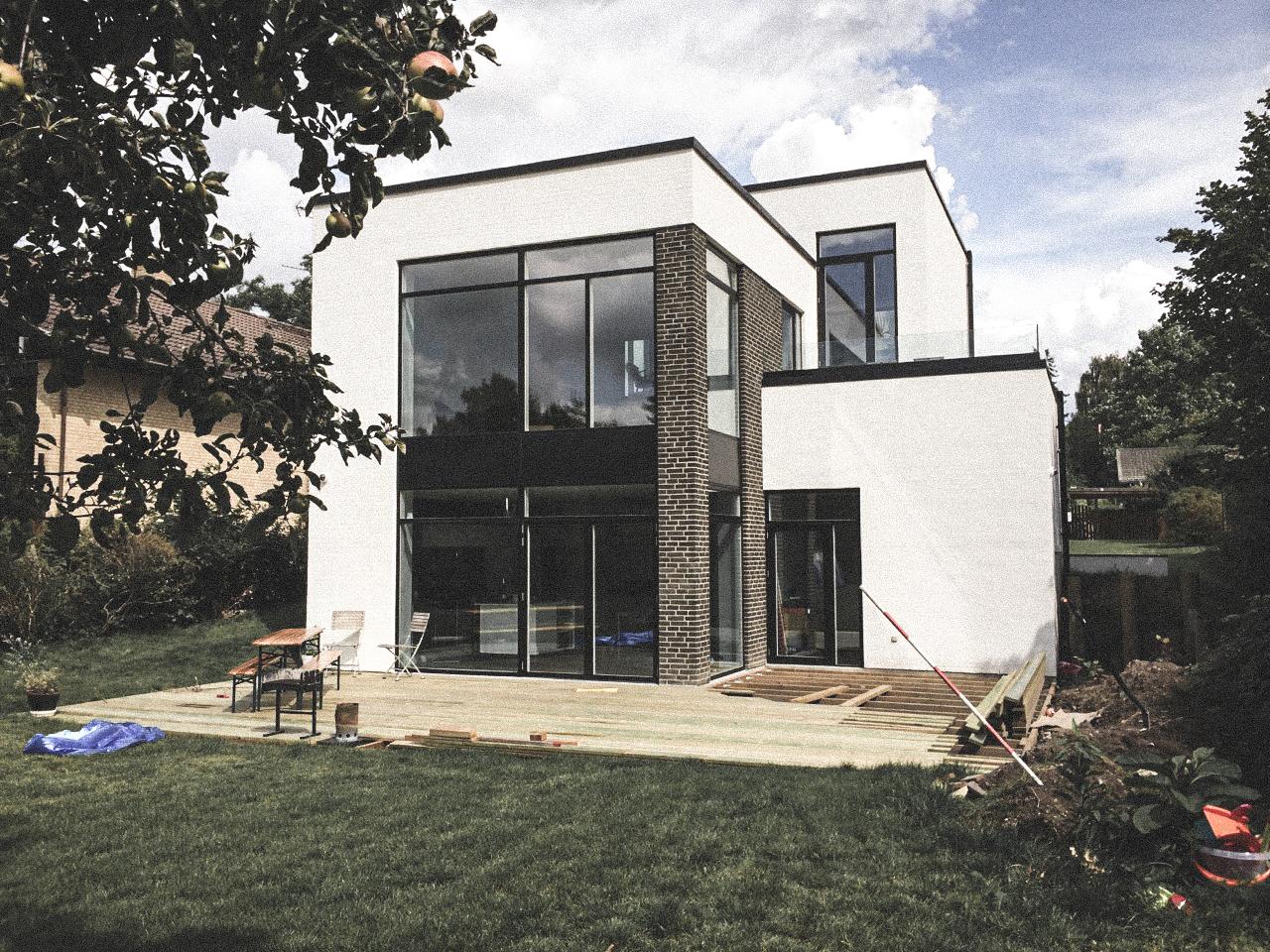 Billede af villa i Vanløse efter indflytning, tegnet af arkitektfirmaet m2plus.