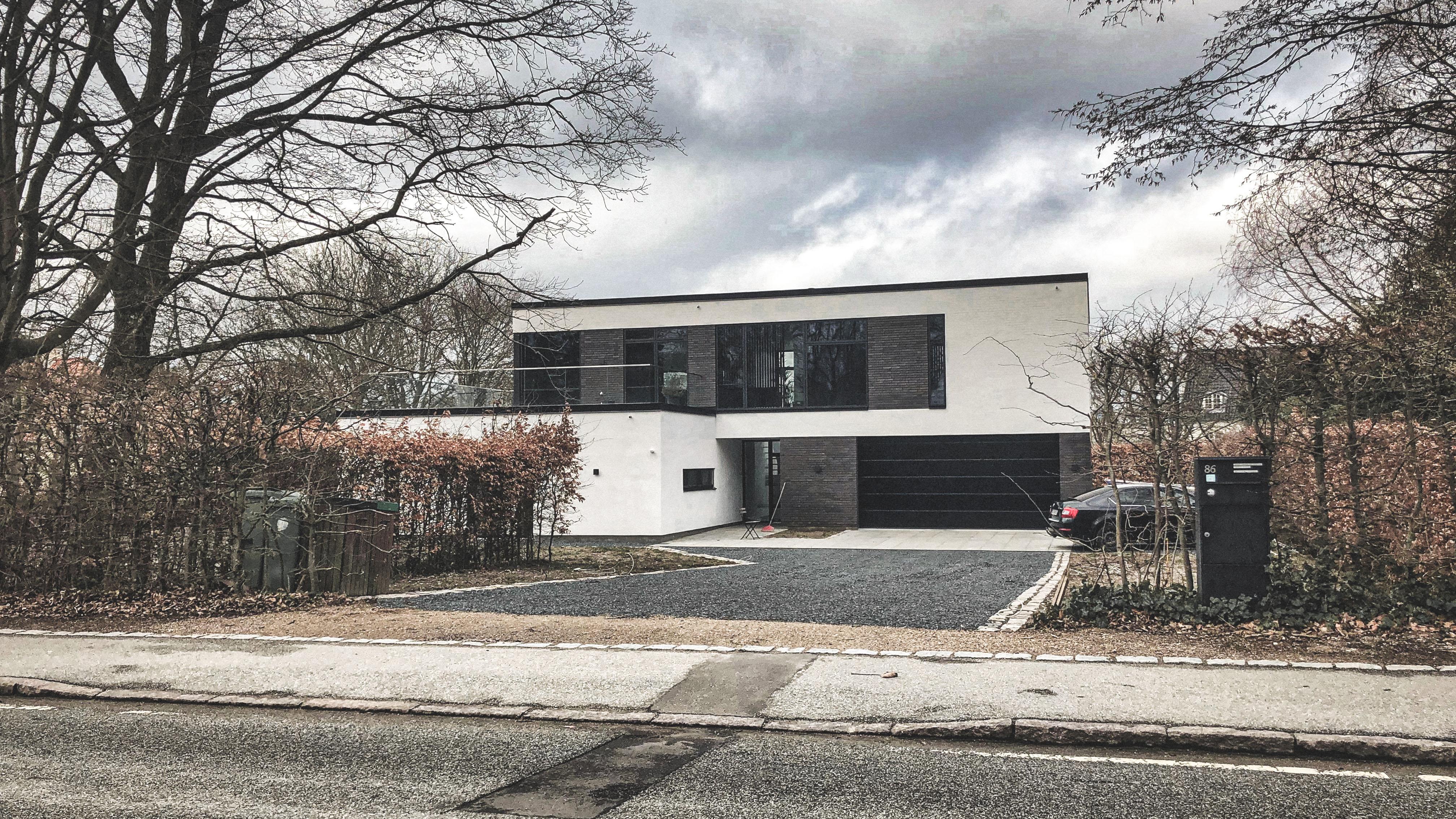 Billede af Dansk arkitekttegnet 2plans villa af arkitektfirmaet m2plus.