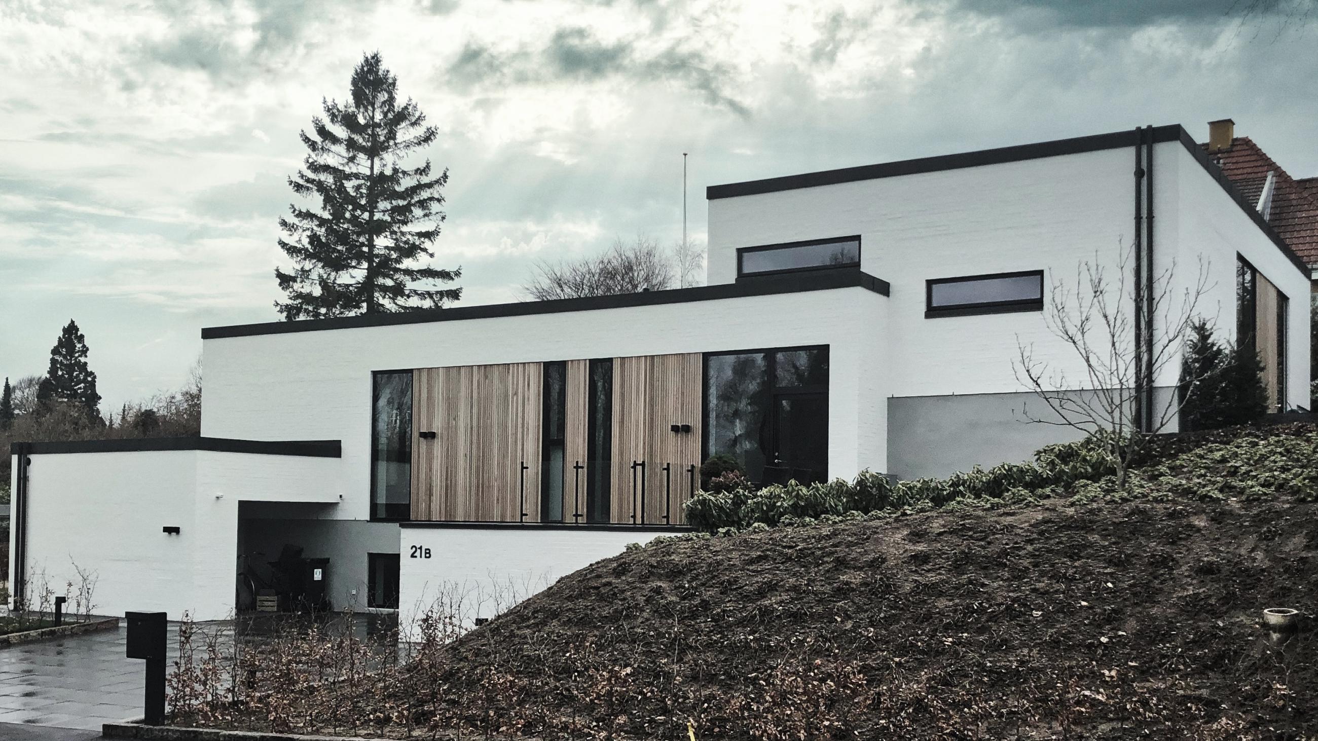 Billede af Dansk arkitekttegnet parterre-plans villa af arkitektfirmaet m2plus.