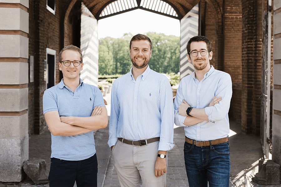 RightNow Founders standing