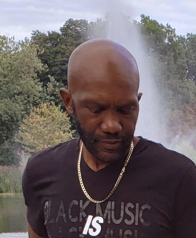 DJ R.O.L.