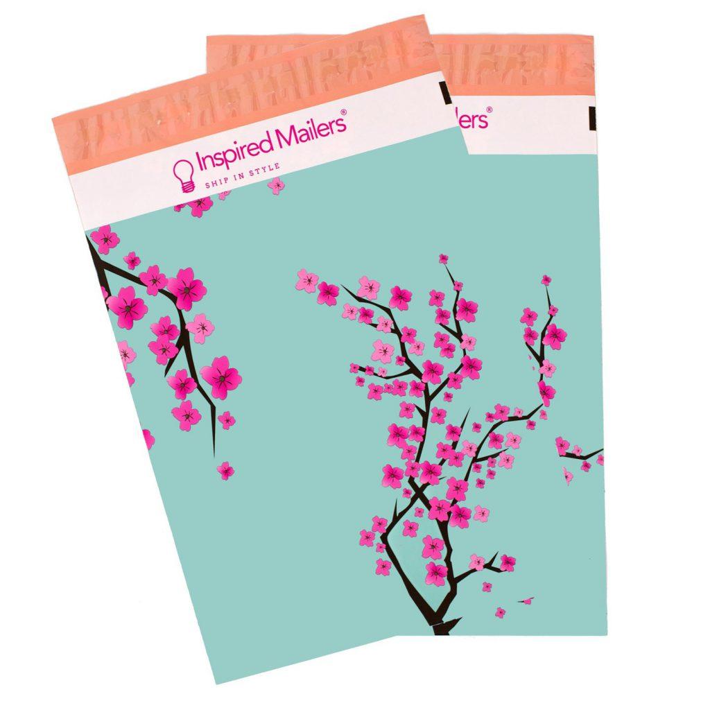 Custom printed poly mailers - flexographic printing