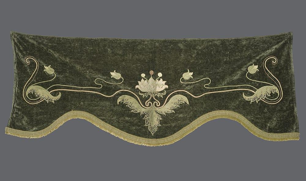 Art Nouveau Valance
