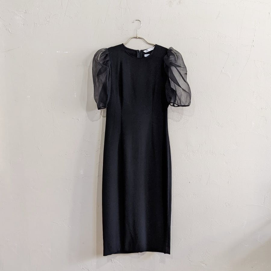 ZARA オーガンジーショルダーパフスリーブワンピースドレス Sサイズ ブラック