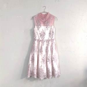 Dorry Doll 花柄刺繍入りサッシュベルト付きチュールレースドレス M/Freeサイズ ピンク