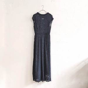 AIMER レースプリーツドレス M/Freeサイズ ブラック