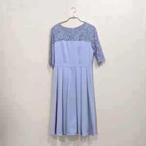 Dorry Doll 2wayオーバースカート付きデコルテシアーレース切替サテンミモレ丈ワンピース 2Lサイズ ブルー