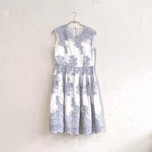Dorry Doll 花柄刺繍入りサッシュベルト付きチュールレースドレス M/Freeサイズ グレー