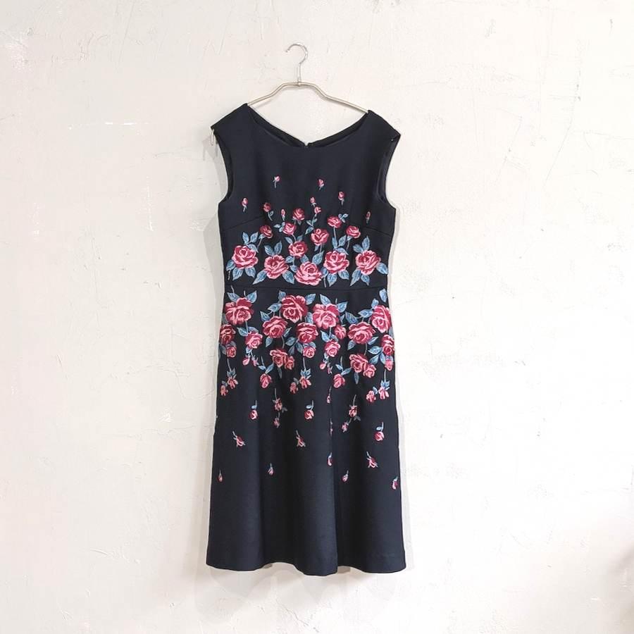 STRAWBERRY-FIELDS ローズ刺繍ワンピースドレス M/Freeサイズ ブラック